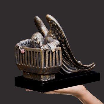 the-womb-miniature